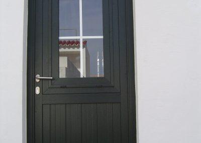 puerta de exterior pvc