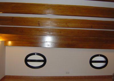 ventana  madera ojo de buey